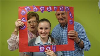 Junior School Grandparents Day 2017 16